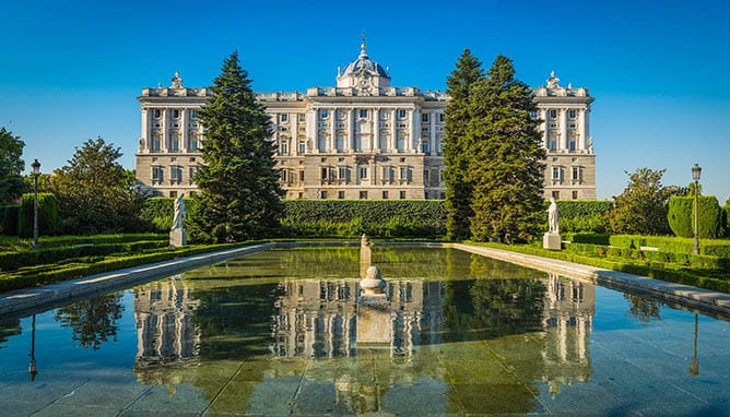 Best-of-Spain_Day-3_Madrid_Royal-Palace