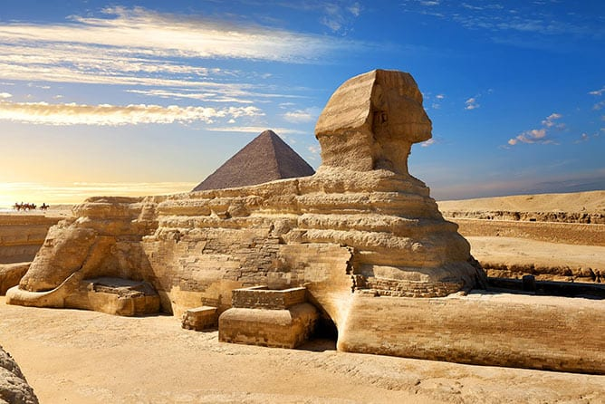 Day-3—Famous-egyptian-sphinx—iStock-529069520