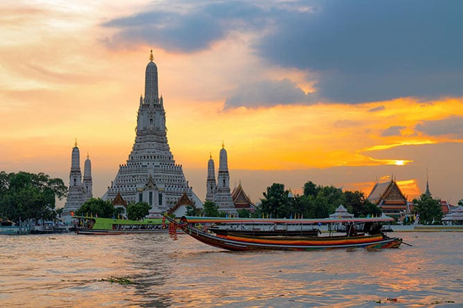 Day-8—Wat-Arun-Temple-at-sunset-in-bangkok-Thailand—iStock-1049652752